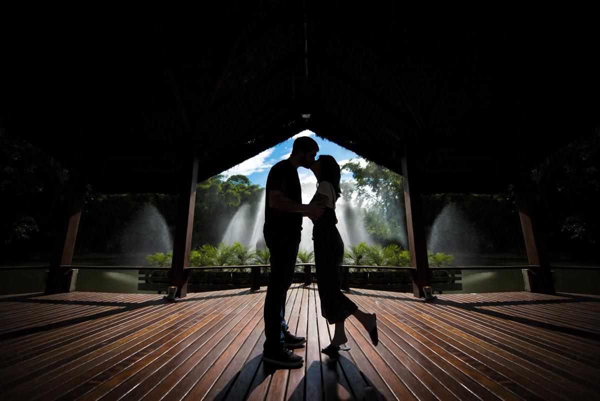 Foto de Ensaio Pré-Wedding criativa
