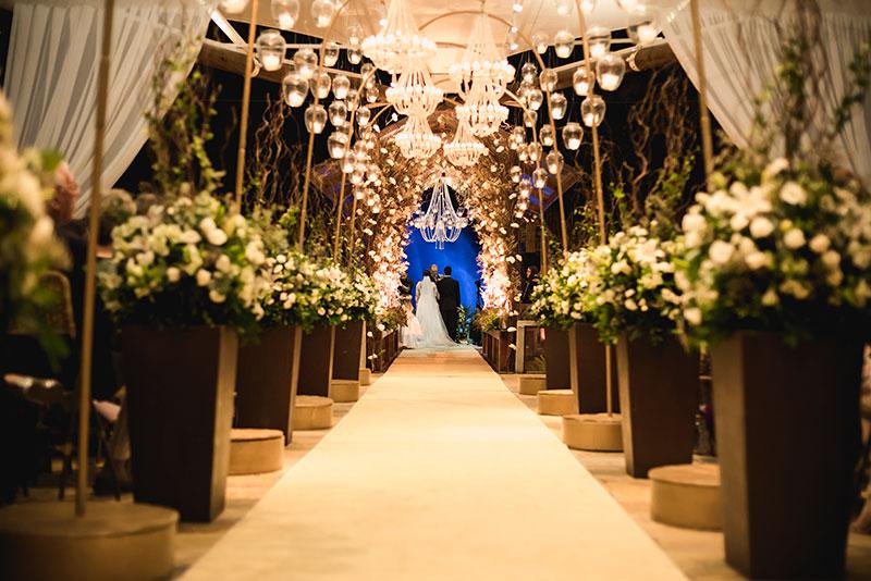 casamento-ao-ar-livre-classico-decoracao-cerimonia